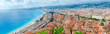 Scenic panoramic view from above on sea and Promenade des Anglais, Nice, Cote d'Azur, France Standard-Bild - 112072980