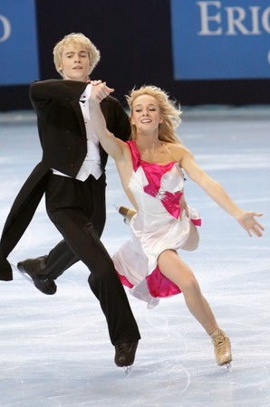 jones: PARIS - OCTOBER 16: Pernelle CARRON and Lloyd JONES of France perform compulsory dance at Eric Bompard Trophy October 16, 2009 at Palais-Omnisports de Bercy, Paris, France. Editorial