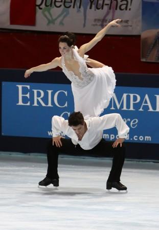 scott: PARIS - OCTOBER 17: Tessa VIRTUE and Scott MOIR of Canada perform free dance at the ISU Grand Prix Eric Bompard Trophy October 17, 2009 at Palais-Omnisports de Bercy, Paris, France.