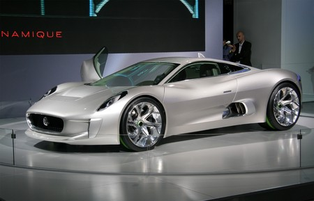 electric automobile: PARIS - OCTOBER 11: Jaguar C-X75 Concept - an electric hybrid roadster at the Paris Motor Show 2010 at Porte de Versailles, on October 11, 2010 in Paris, France