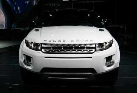 PARIS - OCTOBER 14: Range Rover Evoque front view at the Paris Motor Show 2010 at Porte de Versailles, on October 14, 2010 in Paris, France Stock Photo - 7996659
