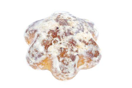 spicecake: Una dulce sabroso pastel de especias-aislados en blanco
