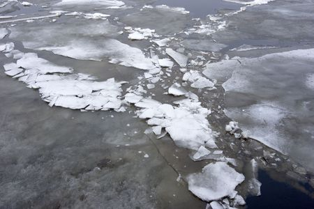 Drifting of ice in the spring waters Stock Photo - 2911376
