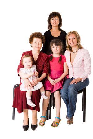 familia de cinco: Felices familia cinco personas juntas aisladas en blanco