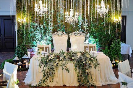 Wedding restaurant decor