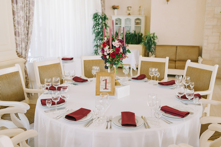 Lunch table for guests at a wedding