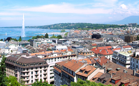 The city of Geneva, the Leman Lake and the Water jet
