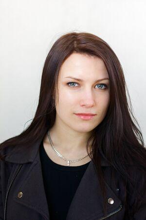 девушка брюнетка с красивой грудью фото