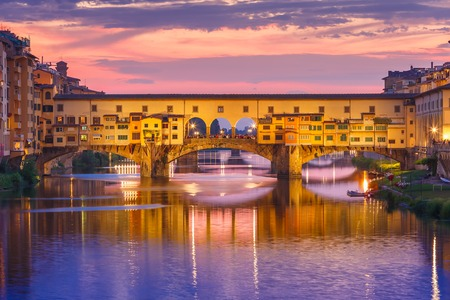 arno: River Arno and famous bridge Ponte Vecchio at sunset from Ponte alle Grazie in Florence, Tuscany, Italy