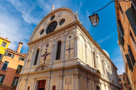 italia: Church Santa Maria dei Miracoli or Marble church in the sestiere of Cannaregio at morning, in Venice, Italia