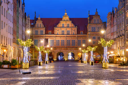 Christmas Long Lane and Green Gate, Brama Zielona in Gdansk Old Town, Poland Banque d'images