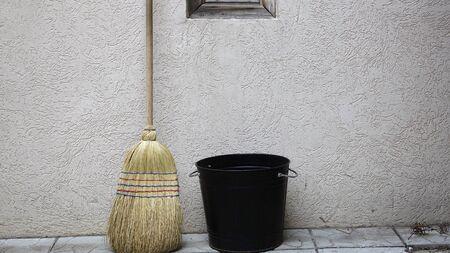 Bucket and broom household inventory Reklamní fotografie