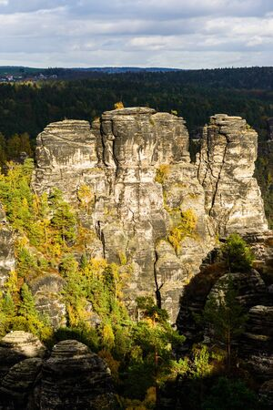 Picturesque autumn scenery of Elbe Sandstone mountains, Saxon Switzerland National Park near Dresden, Germany Imagens