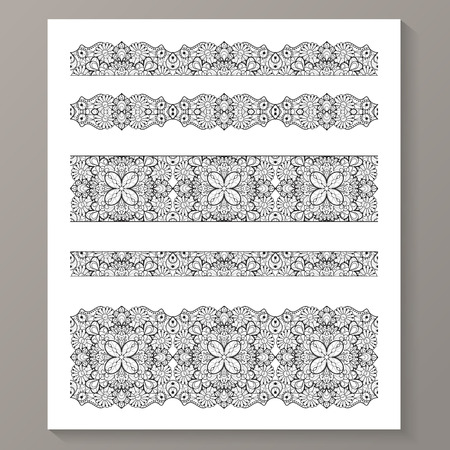 Set of seamless lace borders with transparent background, can be placed on any background you like.  Иллюстрация