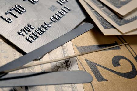 compromisos: Recordatorio en un deber desagradable para pagar deudas bajo cr�ditos