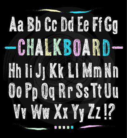 font: La fuente de la pizarra. Drenaje de la mano alfabeto. Ilustración del vector en negro textura de fondo.