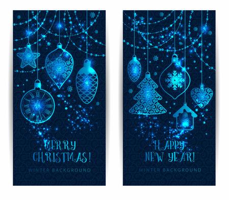 estaciones del año: Juguetes de Navidad sobre fondo azul oscuro. banderas de vacaciones establecidos.