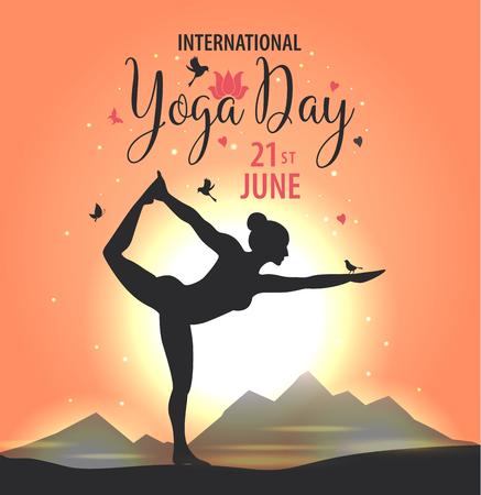 World Yoga Day vector illustration, sunset background Stock Illustratie