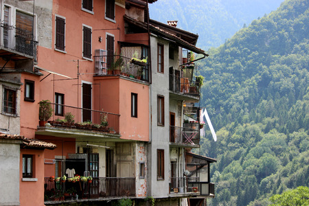 dwelling: Dwelling in Norther Italy