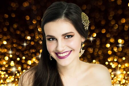 Young beautiful girl,model, actress, star, woman, wife, mistress,millionaire. Luxury elegant look, rich lady. Spectacular makeup, expressive eyes, eyebrows, perfect skin, bright lips, purple lipstick. 스톡 콘텐츠