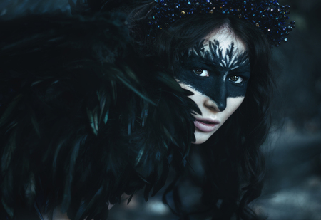 dark angel: close portrait of a girl with the wings of a crow, dark angel, birds and razresovannym face