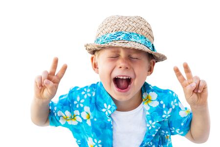 Kind blaues Hemd Strohhut Urlaub Kleidung Shouts Laughs Isolated White Standard-Bild - 57011010