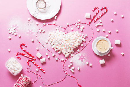Concept Preparation Christmas Heart Mini Marshmallows Candy Cane Cocoa Poweder Sugar Pink Background Copy Space Flat Lay Top View Winter Traditional Food Imagens
