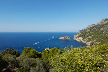 From La Torre Picada, we can see the sea and the Island of S'Illeta.