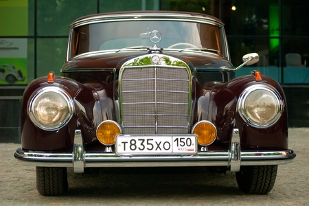 MOSCOW - MAY 15: vintage Mercedes on exhibition at �Mercedes-Benz Classic Day-2010�, massive oldtimer rally, Moscow, Russia, on May 15, 2010