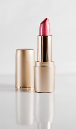 perle rose: Pink Pearl rouge � l�vres sur un fond clair