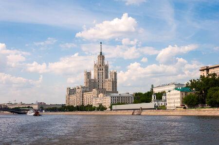 kotelnicheskaya embankment: Moscow, Stalin-era building on Kotelnicheskaya Embankment
