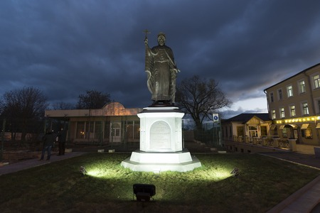 vladimir: VLADIMIR, RUSSIA -05.11.2015. The monument Duke Vladimir, founder of the city and the Baptist of Russia