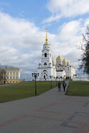 unesco: VLADIMIR, RUSSIA -05.11.2015. Uspensky Cathedral - UNESCO World Heritage Site. A Golden Ring  travel.
