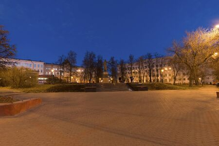 minin: Nizhny Novgorod, Russia -04.11.2015.  The monument to Kuzma Minin in the main square
