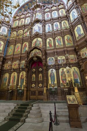 iconostasis: The iconostasis in the Cathedral of St. Alexander Nevsky in Nizhny Novgorod, Russia. 19th century