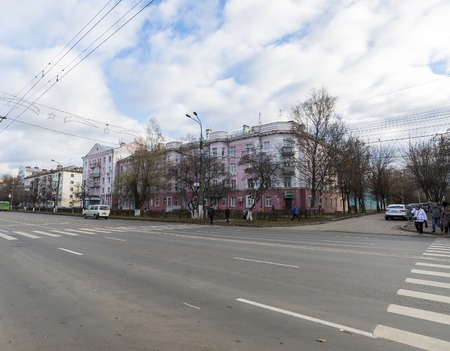 lenin: VLADIMIR, RUSSIA -05.11.2015. View of Lenin street in the afternoon Editorial