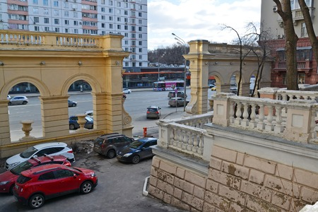 appearance: Moscow, Russia - March 14, 2016. yard of English Chkalov school on a Zemlyanoi val street - sample Stalinist architecture Editorial