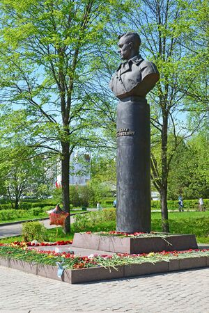 marshal: Zelenograd, Russia - May 09.2016. monument to Marshal Rokossovsky in a Victory Park Editorial