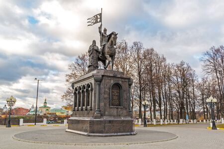 vladimir: Vladimir, Russia - November 05.2015. The monument to a St. Prince Vladimir and Fedor