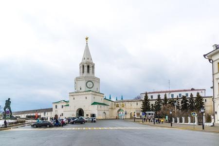 spasskaya: Kazan, Russia - Mar 25.2017. 1 may Square in front of Kremlin entrance