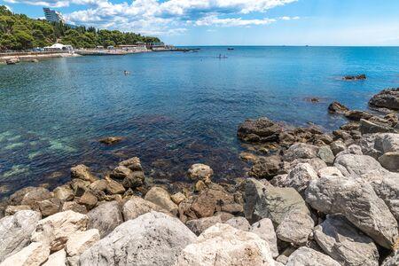 Seascape with city beach in Foros, Crimea Foto de archivo