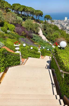 bahai: Beautiful Bahai gardens in Haifa  Israel