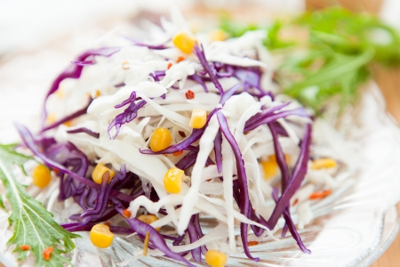 appetize: Coleslaw and sweet corn, close up Stock Photo