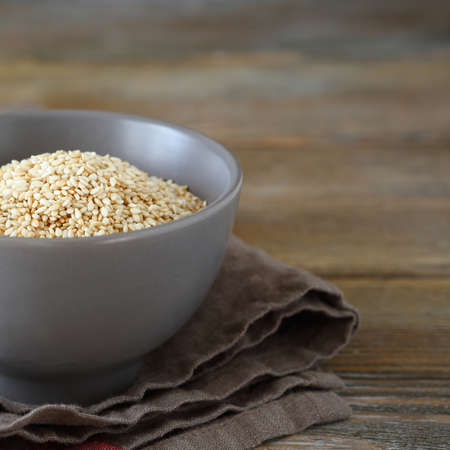 roasted sesame: Roasted sesame seeds in a bowl, closeup