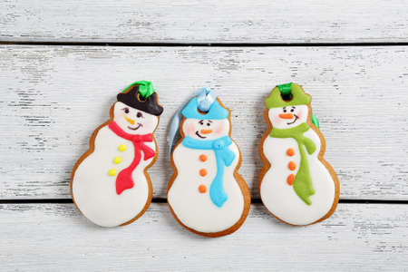 galletas de jengibre: ginger cookies for christmas, top view