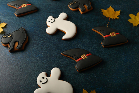 Halloween cookies black and white