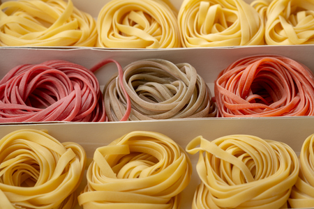 Colour pasta set in box