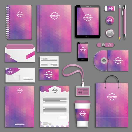 Corporate identity template set. Briefpapier mock-up met logo. Branding ontwerp. Brief envelop, kaart, catalogus, pen, potlood, kenteken, kartonnen beker, notebook, tablet-pc, mobiele telefoon, briefhoofd