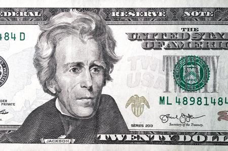 Sluit omhoog van verschillende dollarbiljetten. Concept van geld en inkomsten. Geld besparen. Stockfoto - 105657999