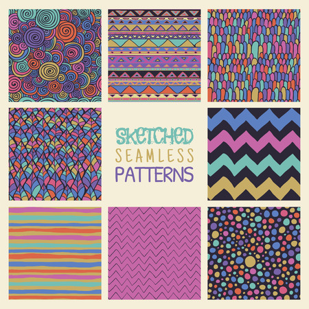 vetor: Set of Eight Abstract Hand Drawn Sketched Geometric Colorful Seamless Background Patterns. Fully Editable file with Pattern Swatches. Vetor Illustration
